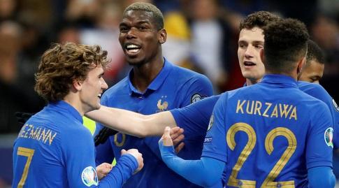 שחקני צרפת חוגגים (רויטרס)