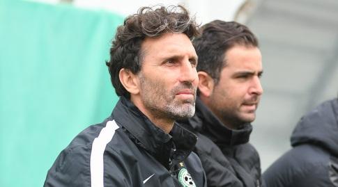 אריק בנאדו, מאמן מכבי חיפה (עמרי שטיין)