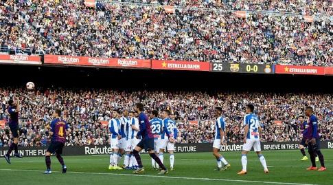 ליאו מסי בועט פנימה (La Liga)