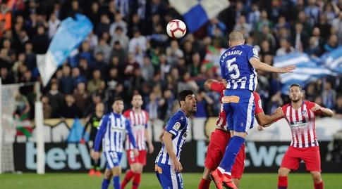ויקטור לגווארדיה עולה לנגיחה (La Liga)