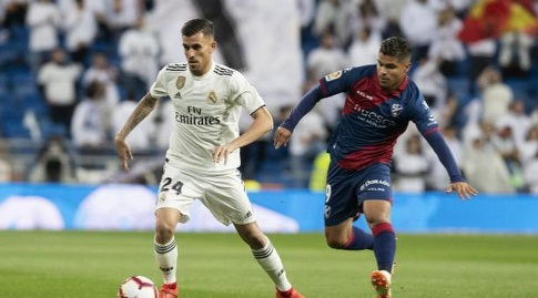דני סבאיוס עם הכדור (La Liga)
