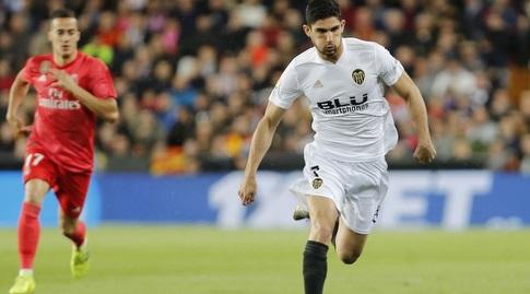 גונסאלו גדש עם הכדור (La Liga)