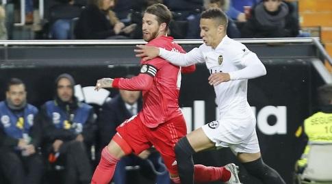 רודריגו וסרחיו ראמוס במאבק (La Liga)