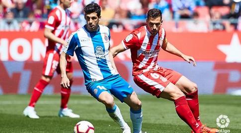 אלכס גראנל שומר על חאבי לופס (La Liga)