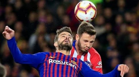 ג'רארד פיקה עולה לנגיחה (La Liga)
