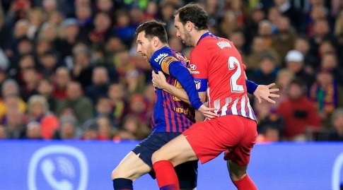 דייגו גודין שומר על ליאו מסי (La Liga)