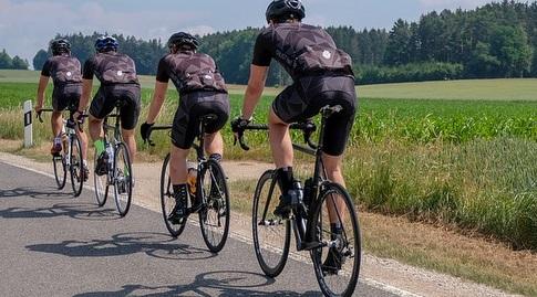 פעילות ספורטיבית לפסח (צילום: ernschie)