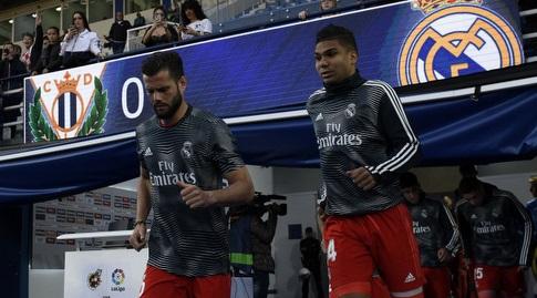 קאסמירו ונאצ'ו עולים להתחמם (La Liga)