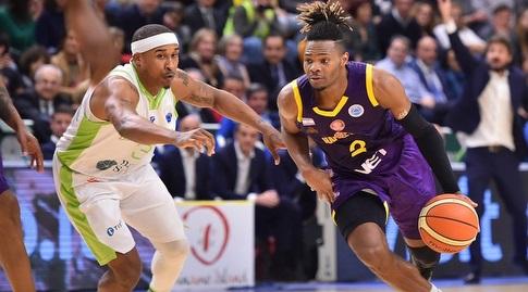 קורי וולדן (FIBA)