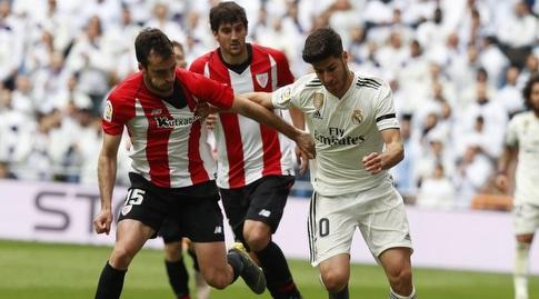 מרקו אסנסיו עם הכדור (La Liga)