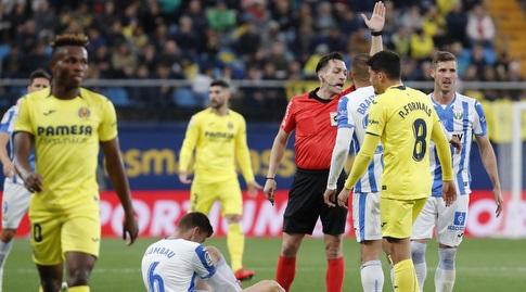 מרטין בריית'וייט עם השופט (La Liga)