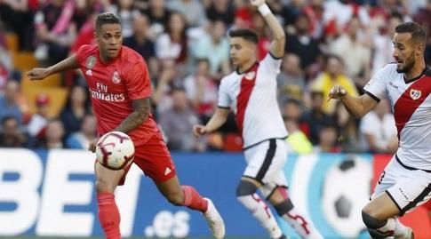 מריאנו דיאס מעביר רוחב (La Liga)