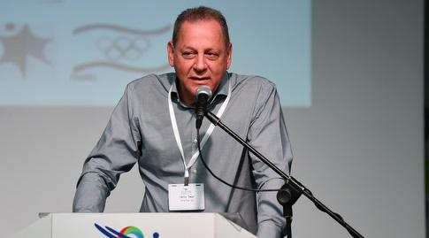 יגאל כרמי (חגי מיכאלי)
