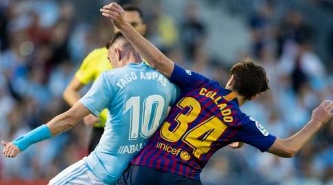 אלכס קולאדו במאבק מול יאגו אספאס (La Liga)