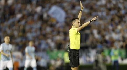 השופט חוסה סאנצ'ס פוסל את השער (La Liga)