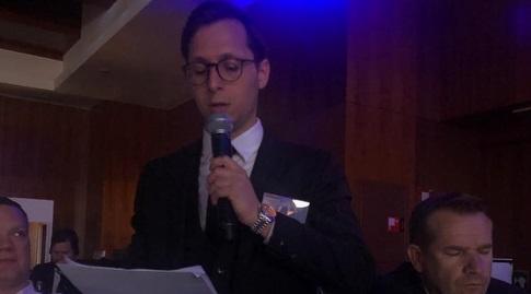 ניב גולדשטיין בכנס החירום במדריד (מערכת ONE)