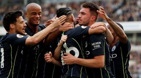 שחקני מנצ'סטר סיטי חוגגים את השני (רויטרס)
