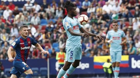 תומאס פארטה משתלט על הכדור (La Liga)
