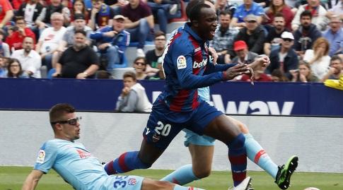 פרנסיסקו מונטרו מכשיל את רפאל דוומנה (La Liga)