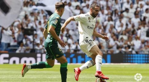 ג'ובאני לו סלסו שומר על דני קרבחאל (La Liga)