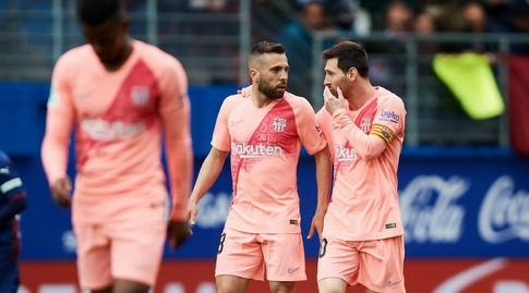 ליאו מסי עם ג'ורדי אלבה (La Liga)