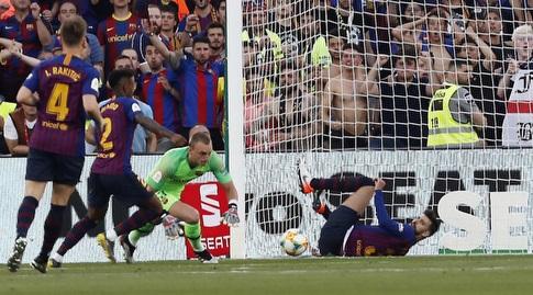 ג'רארד פיקה מציל (La Liga)