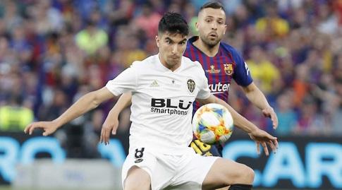 ג'ורדי אלבה עם קרלוס סולר (La Liga)