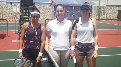 יוליה גלושקו ואנה סופיה סאנצ'ס (מרכז הטניס עכו)