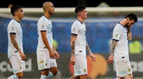 שחקני נבחרת ארגנטינה מאוכזבים (רויטרס)
