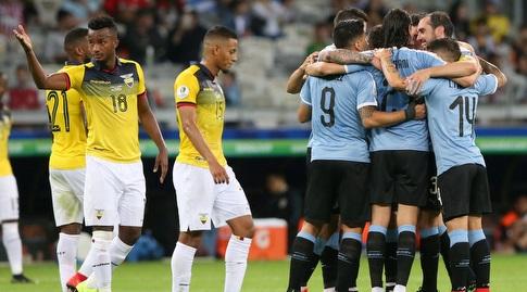 שחקני אורוגוואי חוגגים, שחקני אקוואדור מאוכזבים (רויטרס)