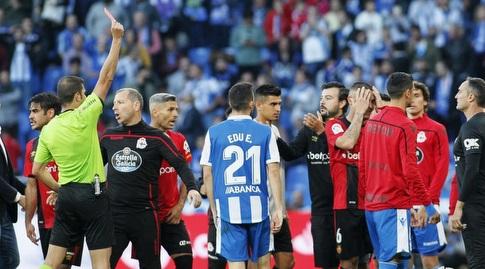 מארק פדרסה מקבל כרטיס אדום (La Liga)