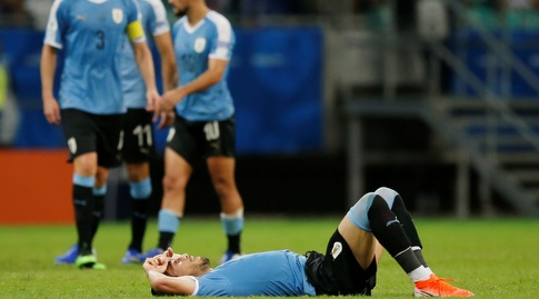 שחקני נבחרת אורוגוואי מאוכזבים (רויטרס)