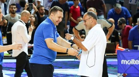 אריאל בית הלחמי ומאמן אוקראינה לפני הפתיחה (איציק בלניצקי)