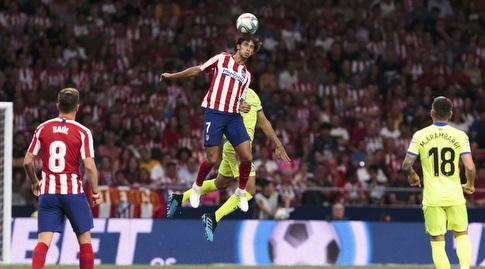 ז'ואאו פליקס עולה לכדור (La Liga)