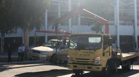רכב נגרר בחניית בלומפילד (רדאד ג'בארה)