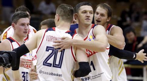 שחקני נבחרת רוסיה חוגגים (רויטרס)