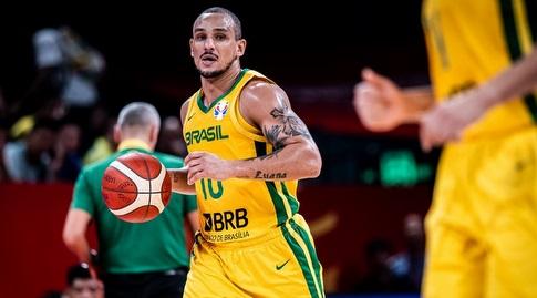 אלכס גארסיה בפעולה (FIBA)