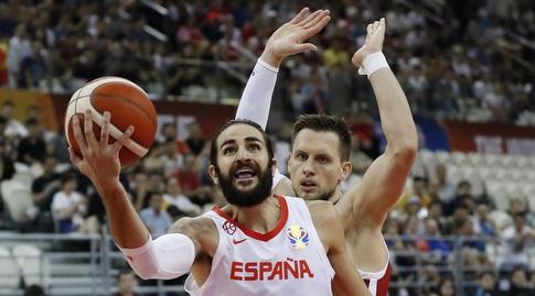 ריקי רוביו עולה לסל (FIBA)