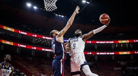 גובר מול ג'יילן בראון (FIBA)