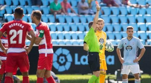 אדוארדו פרייטו שולף את הכרטיס האדום (La Liga)