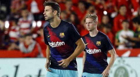 פרנקי דה יונג וג'רארד פיקה בחימום (La Liga)