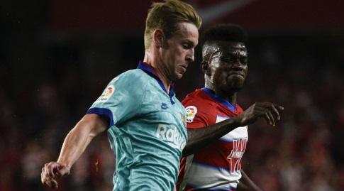 פרנקי דה יונג נלחם על הכדור (La Liga)
