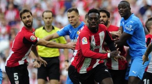 איניאקי וויליאמס רץ לכיוון הכדור (La Liga)