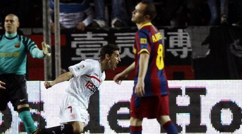 חסוס נבאס חוגג מול ברצלונה ב-2011. שועל קרבות ותיק שיודע לכבוש נגד הקטאלונים (רויטרס)