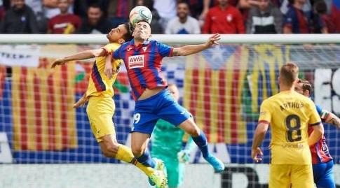 סרחיו בוסקטס נוגח (La Liga)