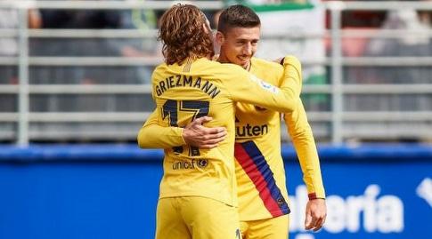 קלמנט לנגלה חוגג עם אנטואן גריזמן (La Liga)