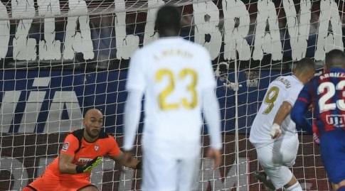 קארים בנזמה כובש בפנדל (La Liga)