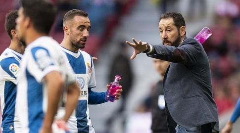 פבלו מאצ'ין מדריך את שחקניו (La Liga)