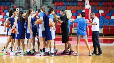 שחקניות נבחרת ישראל (איציק בלניצקי)