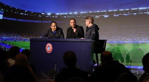 רן בן שמעון בוועידת UEFA (צילום: סקיס)